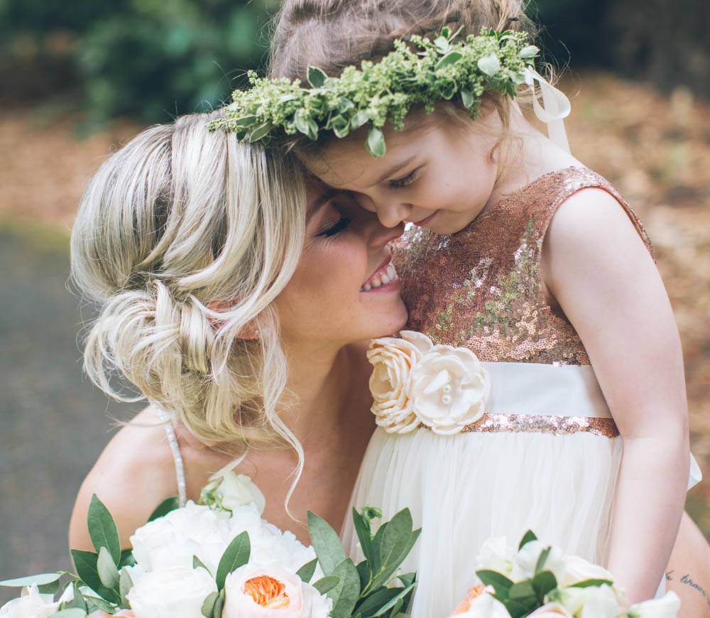 Coopers Hall Wedding bride and flower girl flowers