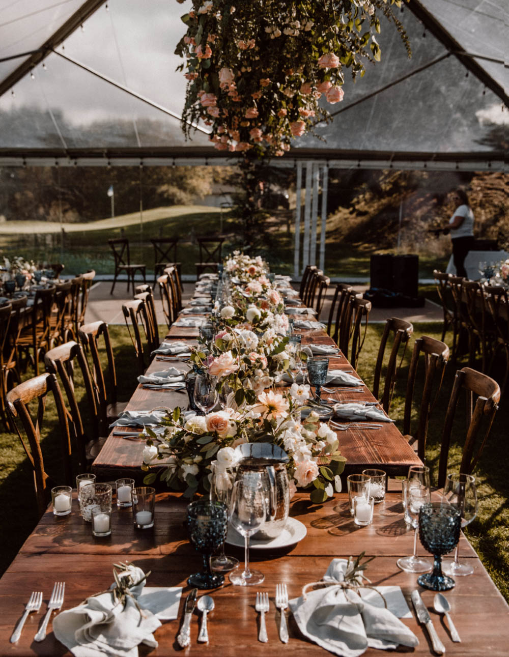Oregon coast wedding floral design head table