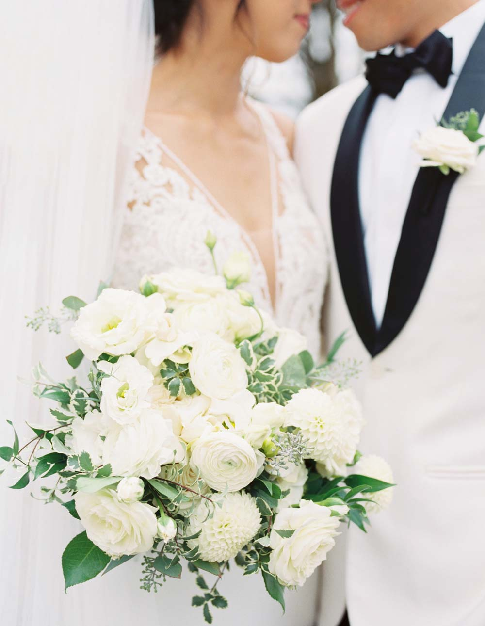 Oregon Golf Club wedding bouquet floral design