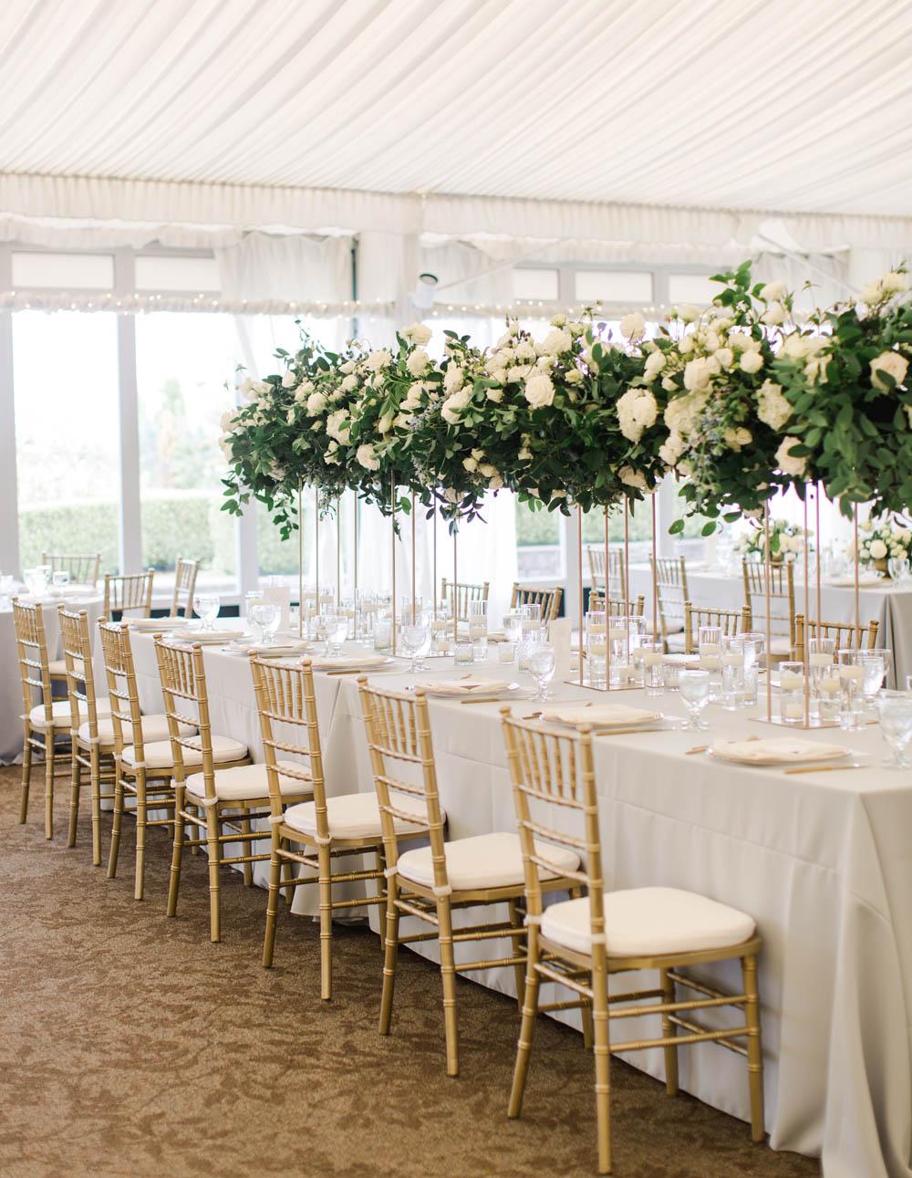 Oregon Gold Club wedding wedding reception dinner flowers