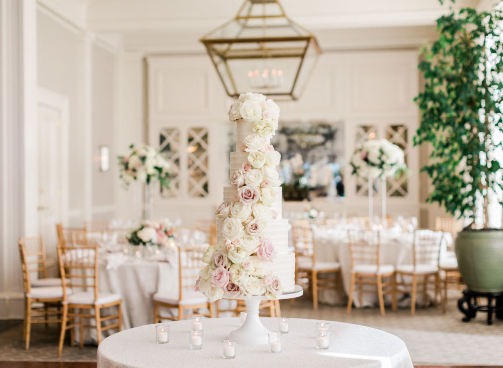 Wedding at the Waverley Country Club cake design