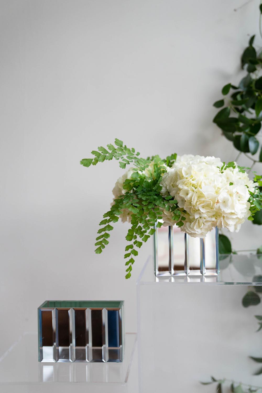Mirrored vases